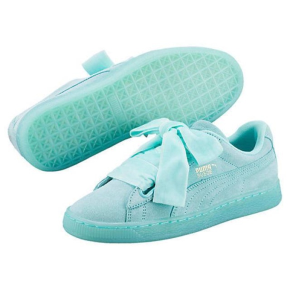 1b81a1fd1f1  NEW  Puma Heart Reset Women s Aruba Blue Sneakers